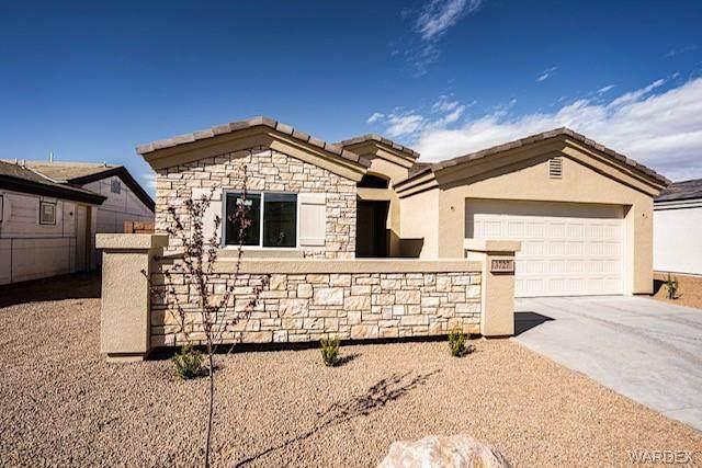 3727 Richie Drive, Kingman, AZ 86401 (MLS #979846) :: The Lander Team
