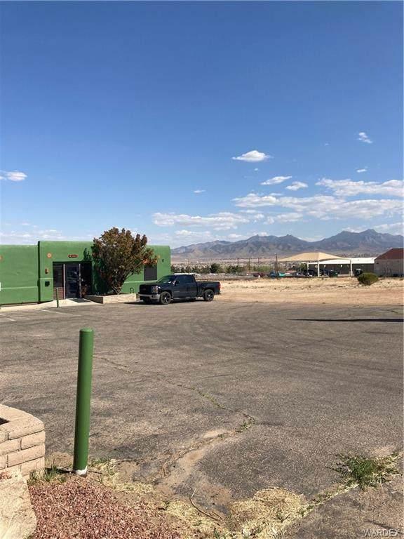 4340 N Stockton Hill Rd Road, Kingman, AZ 86409 (MLS #979959) :: AZ Properties Team | RE/MAX Preferred Professionals