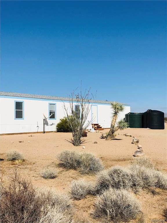 18208 S Custer Road, Yucca, AZ 86438 (MLS #980129) :: The Lander Team