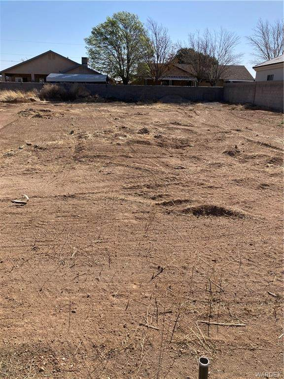 0 Miller, Kingman, AZ 86409 (MLS #980138) :: The Lander Team