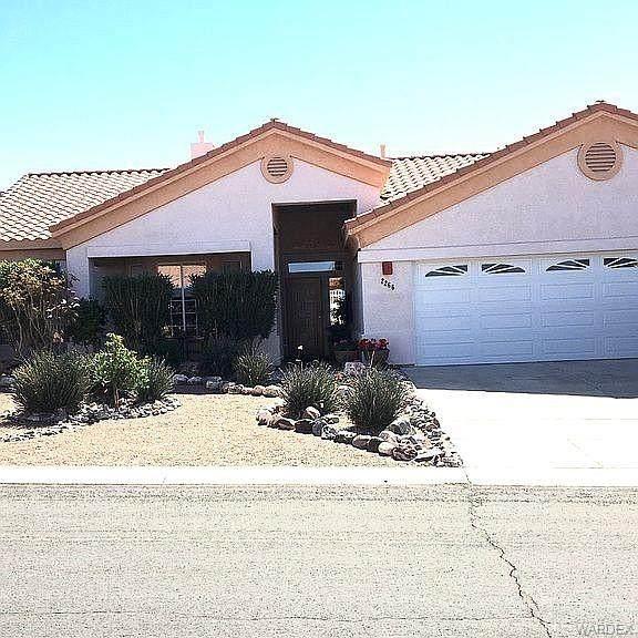 2266 Starflower Trail, Bullhead, AZ 86442 (MLS #980201) :: The Lander Team