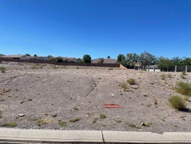 2854 Hillview Drive, Bullhead, AZ 86442 (MLS #982007) :: The Lander Team