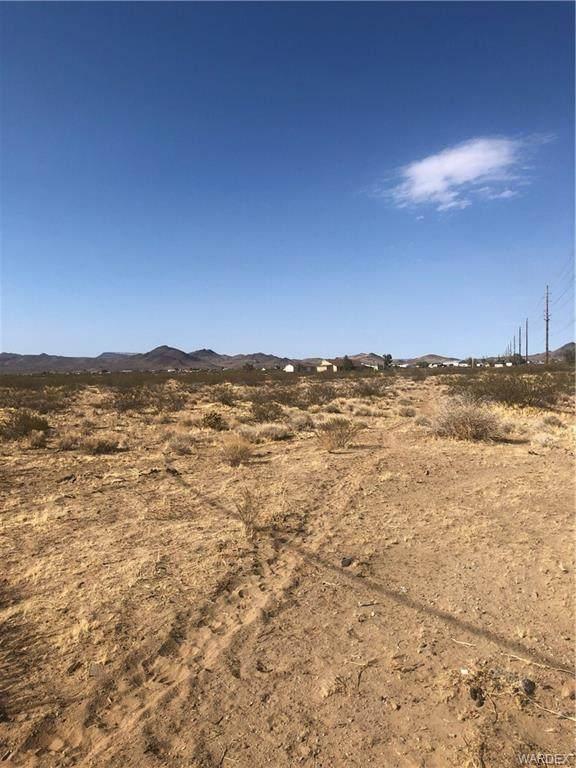 GTAC #9 S-9 LOT 125 Pierce Ferry Road, Dolan Springs, AZ 86441 (MLS #982161) :: The Lander Team