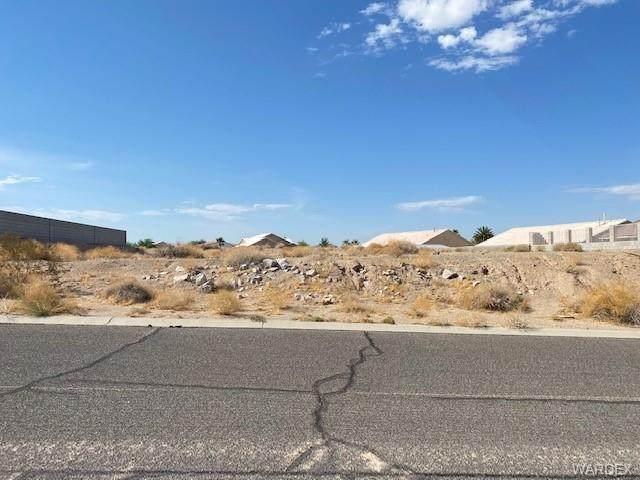2446 E Sauk Avenue, Fort Mohave, AZ 86426 (MLS #983764) :: The Lander Team