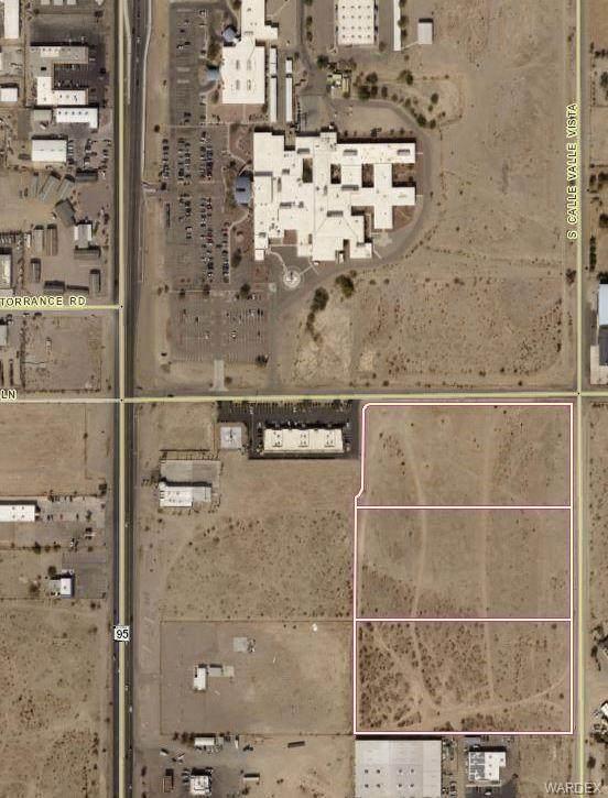 1602 E Wagon Wheel Lane, Fort Mohave, AZ 86426 (MLS #983790) :: AZ Properties Team | RE/MAX Preferred Professionals
