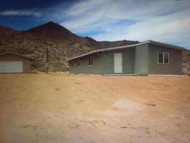 1101 E Falcon Valley Road, Kingman, AZ 86409 (MLS #984151) :: AZ Properties Team | RE/MAX Preferred Professionals