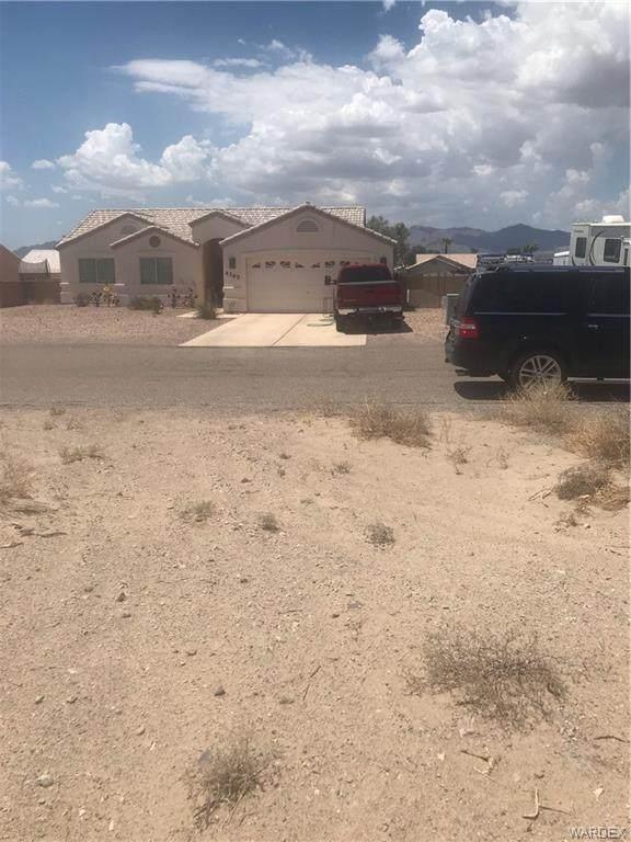 4392 S Via Rialto Lane, Fort Mohave, AZ 86426 (MLS #984634) :: The Lander Team
