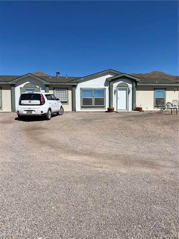 4239 E Mojave Lane, Bullhead, AZ 86429 (MLS #985655) :: The Lander Team