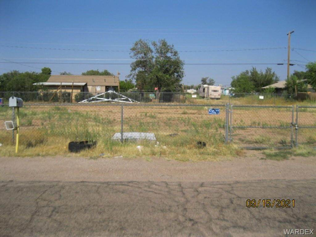 3593 Oriole Lane - Photo 1
