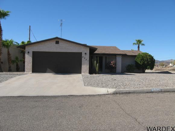 2021 Cabana Dr, Lake Havasu City, AZ 86404 (MLS #931384) :: Lake Havasu City Properties