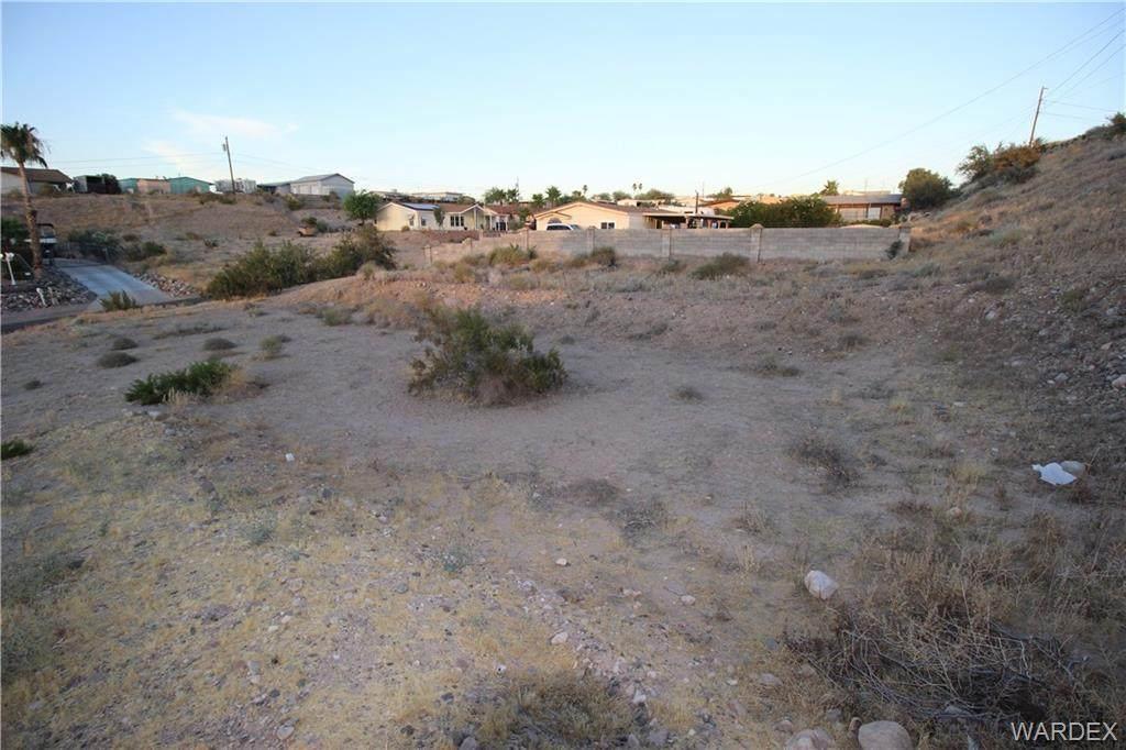 1663 Sierra Vista Drive - Photo 1