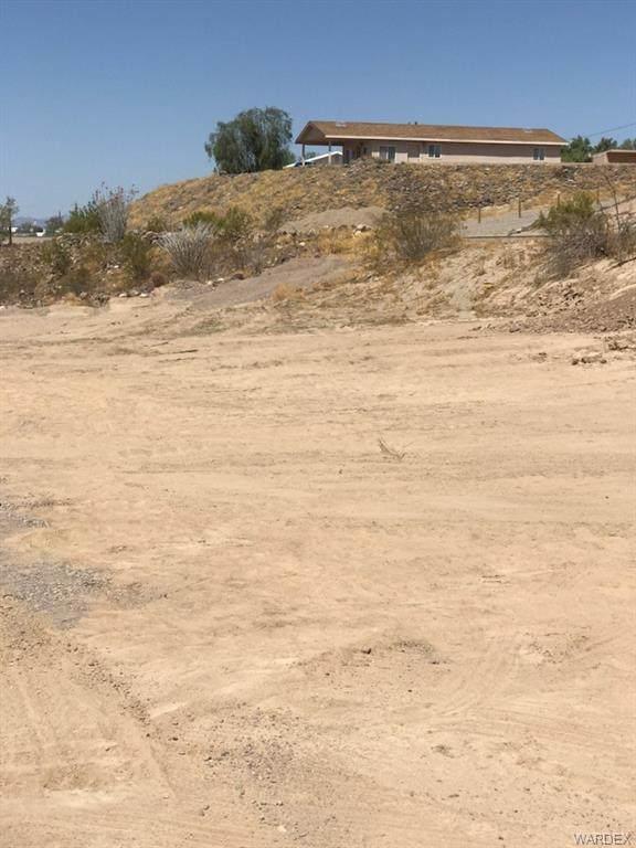000 Hall Drive, Topock/Golden Shores, AZ 86436 (MLS #974328) :: AZ Properties Team | RE/MAX Preferred Professionals