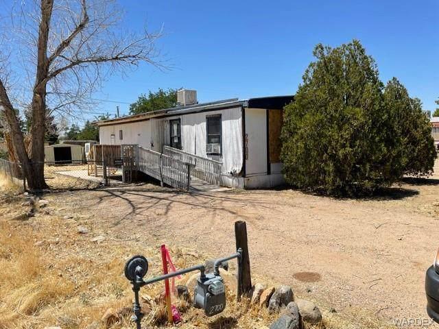 2700 E Leroy Avenue, Kingman, AZ 86409 (MLS #978219) :: The Lander Team