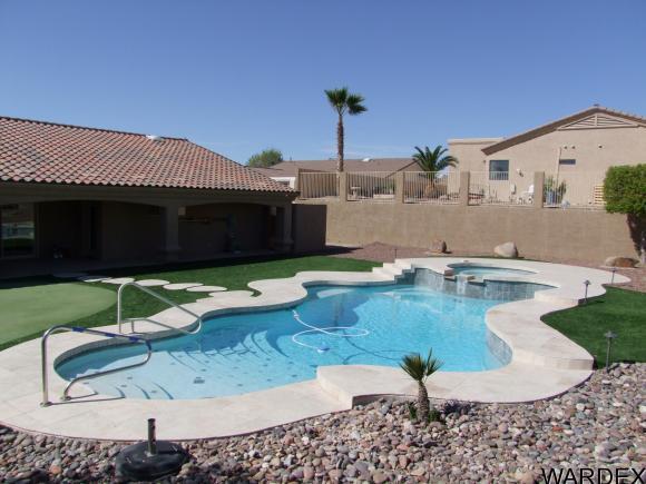 1035 Montrose Dr, Lake Havasu City, AZ 86406 (MLS #924319) :: Lake Havasu City Properties