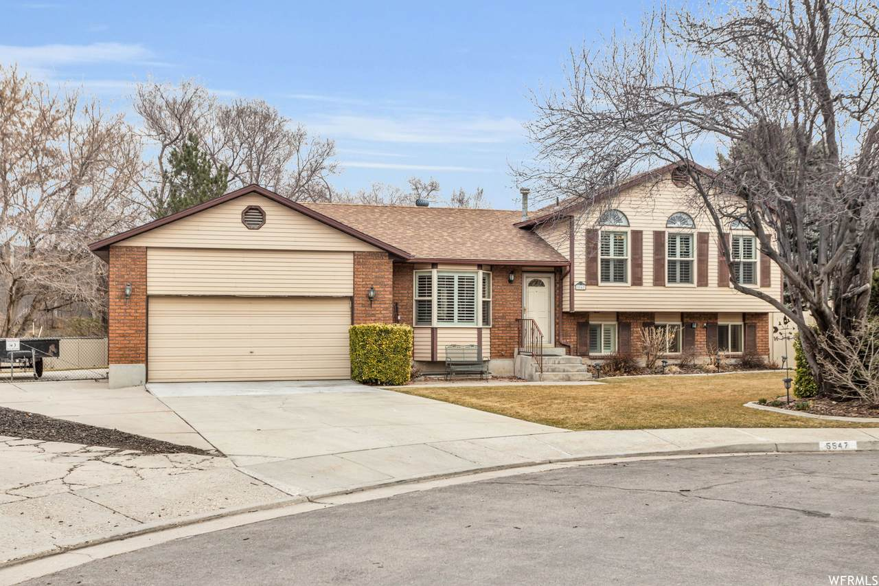 5547 Harvey Heights Dr - Photo 1