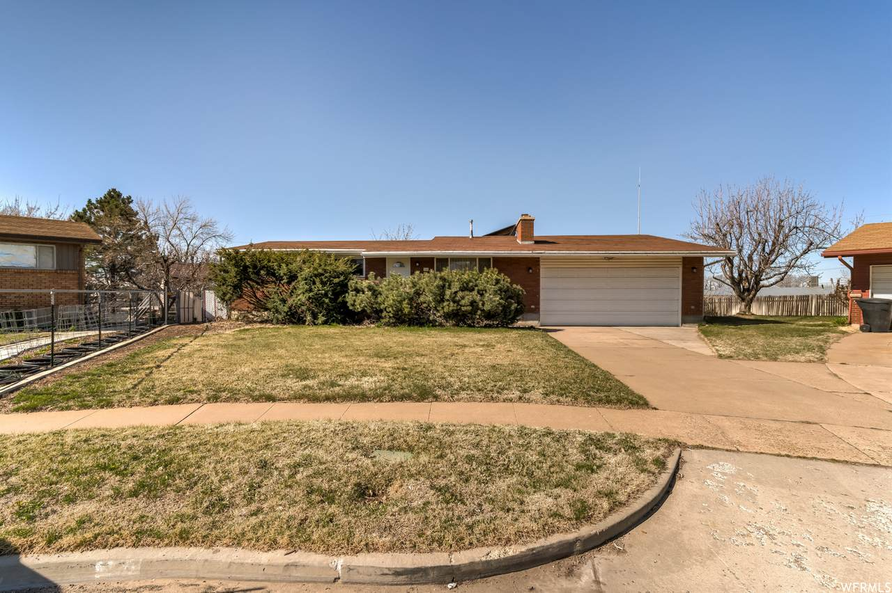 30 Vine Cir - Photo 1