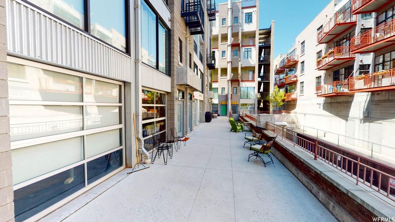 360 Broadway - Photo 1