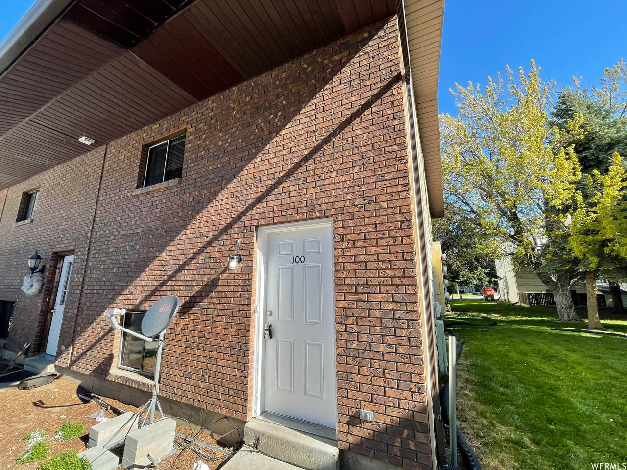 1325 Lincoln Ave - Photo 1