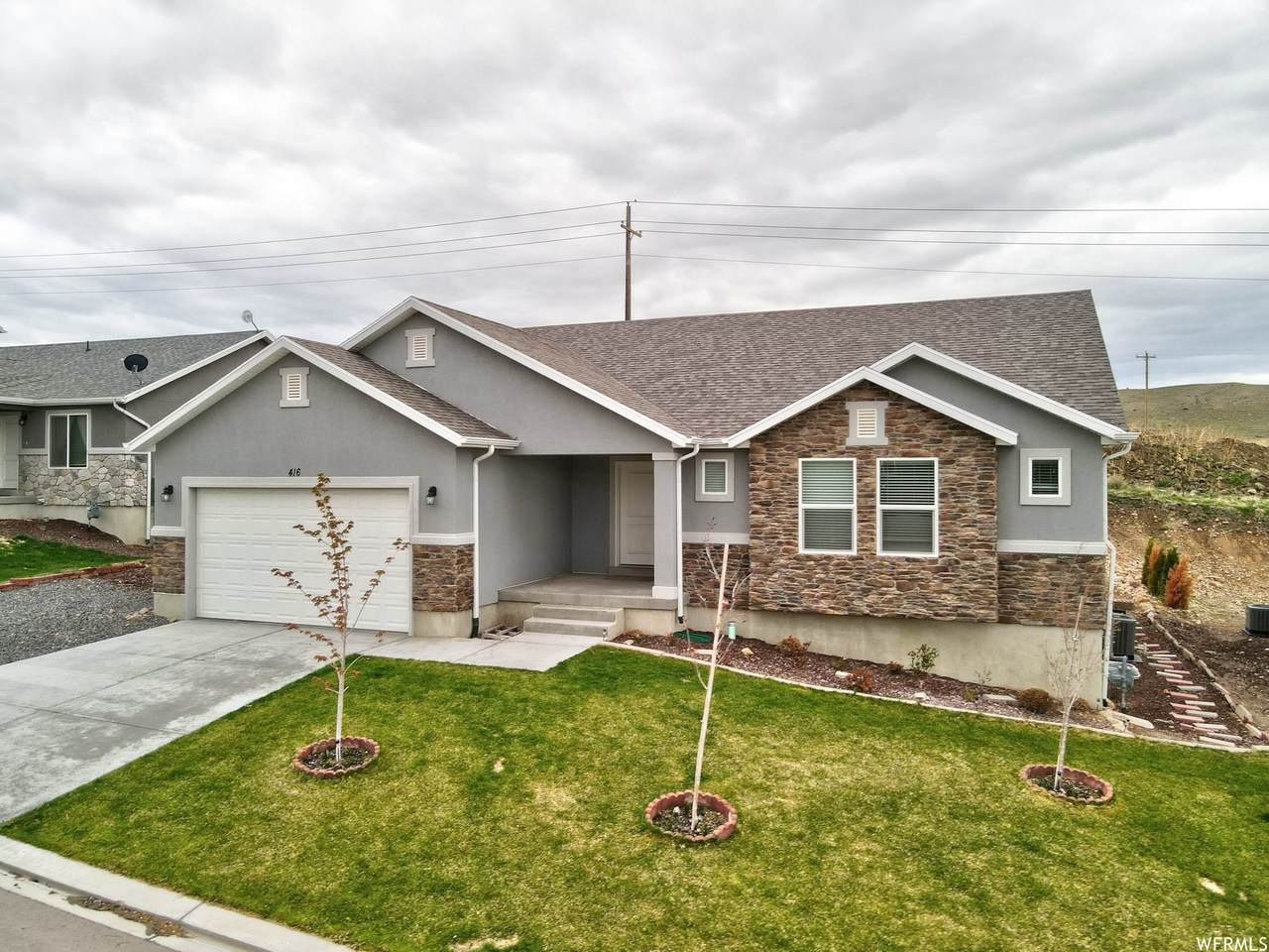 416 Red Rock Dr - Photo 1