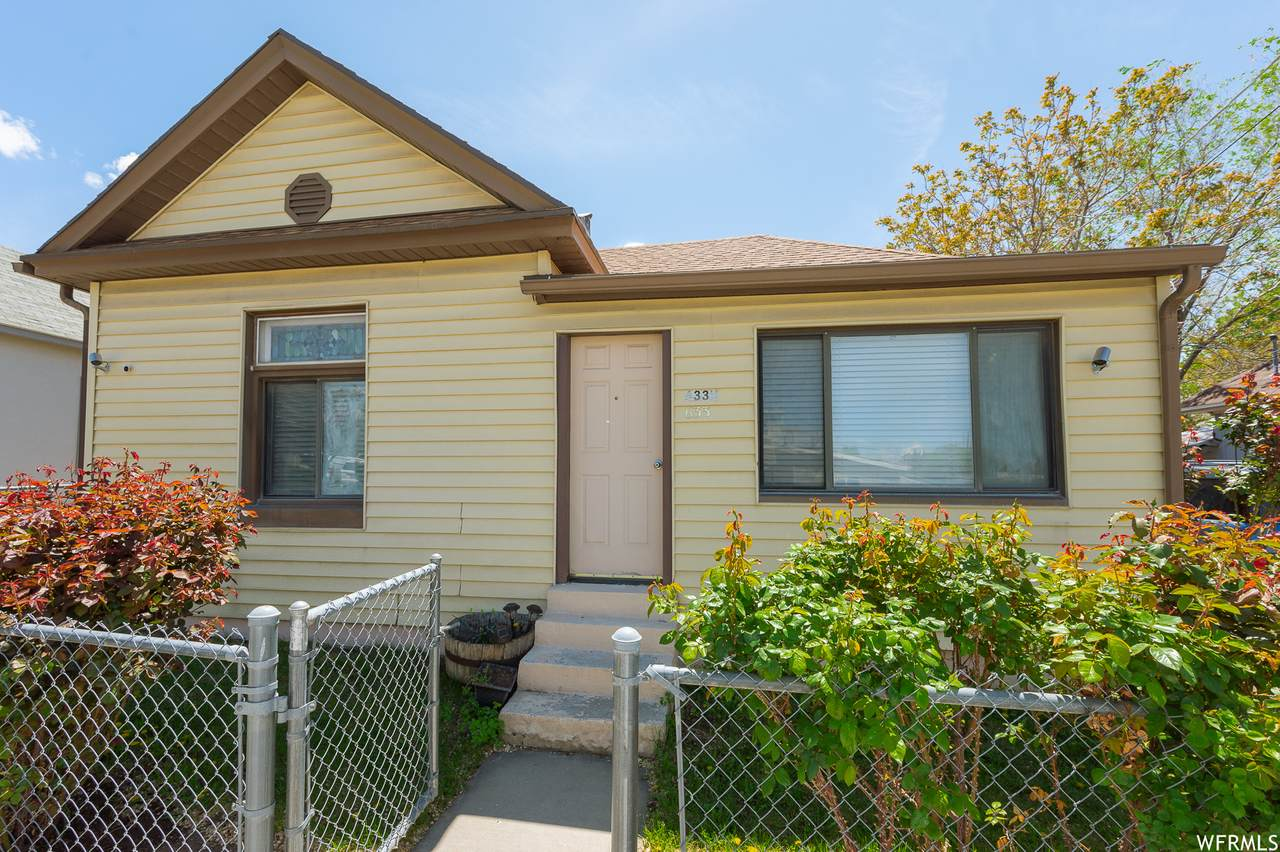 633 4TH Ave - Photo 1
