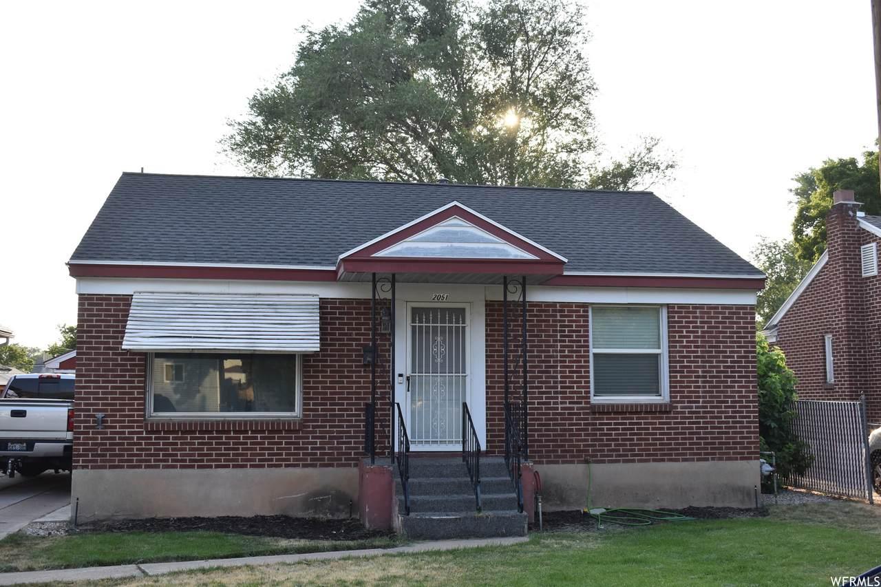 2051 Liberty Ave - Photo 1
