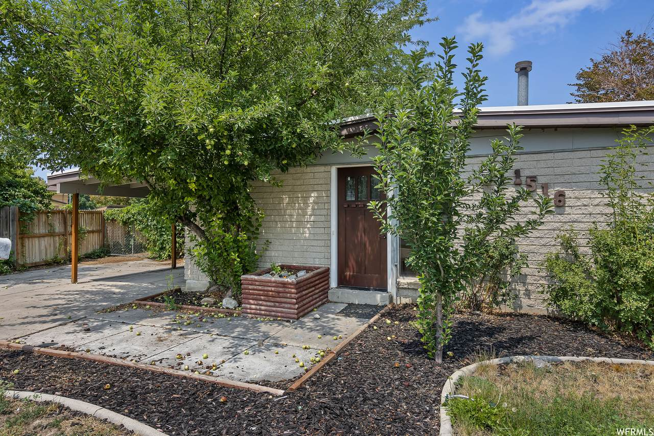 1516 Packlan Pl - Photo 1
