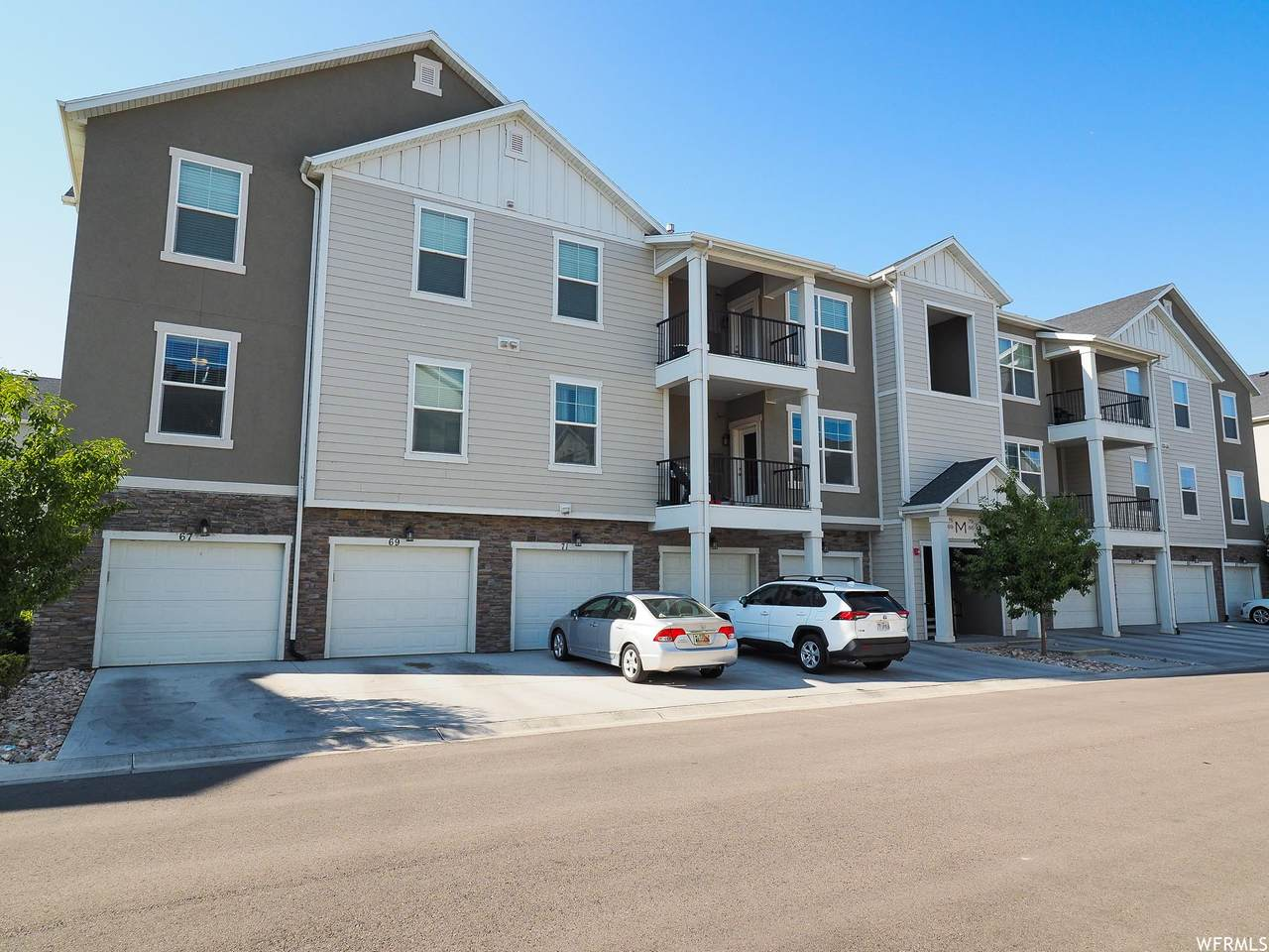 69 Silver Springs Dr - Photo 1