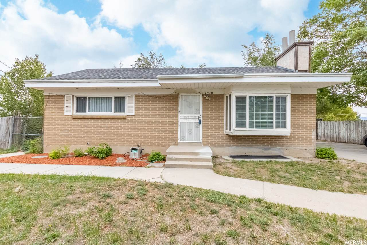4218 Midway Dr - Photo 1