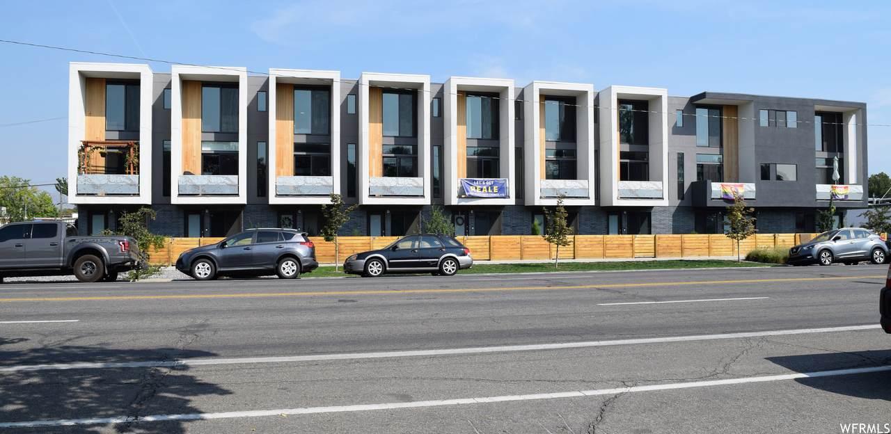 15 Kensington Ave - Photo 1