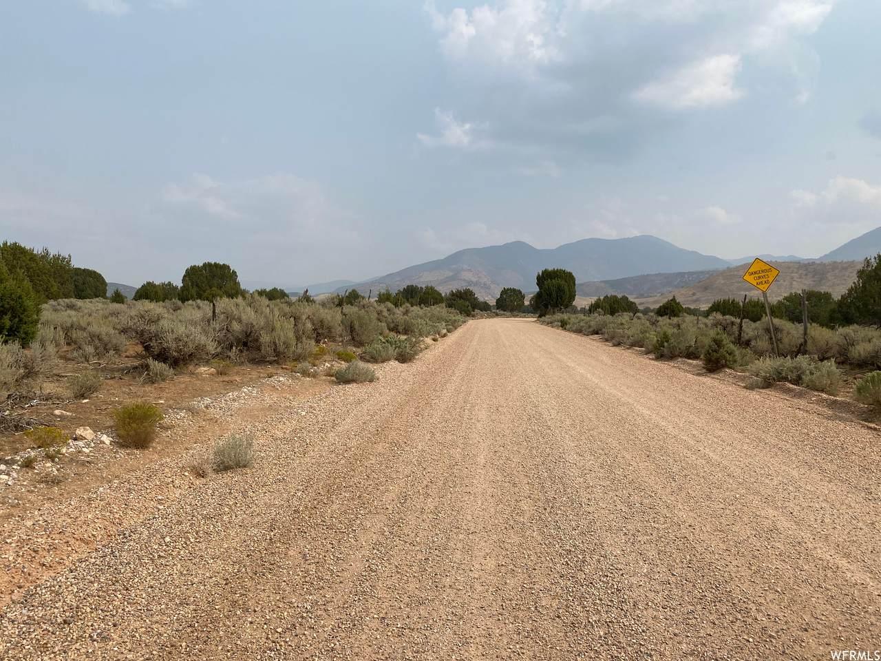 1700 Meadow Creek Canyon Rd - Photo 1