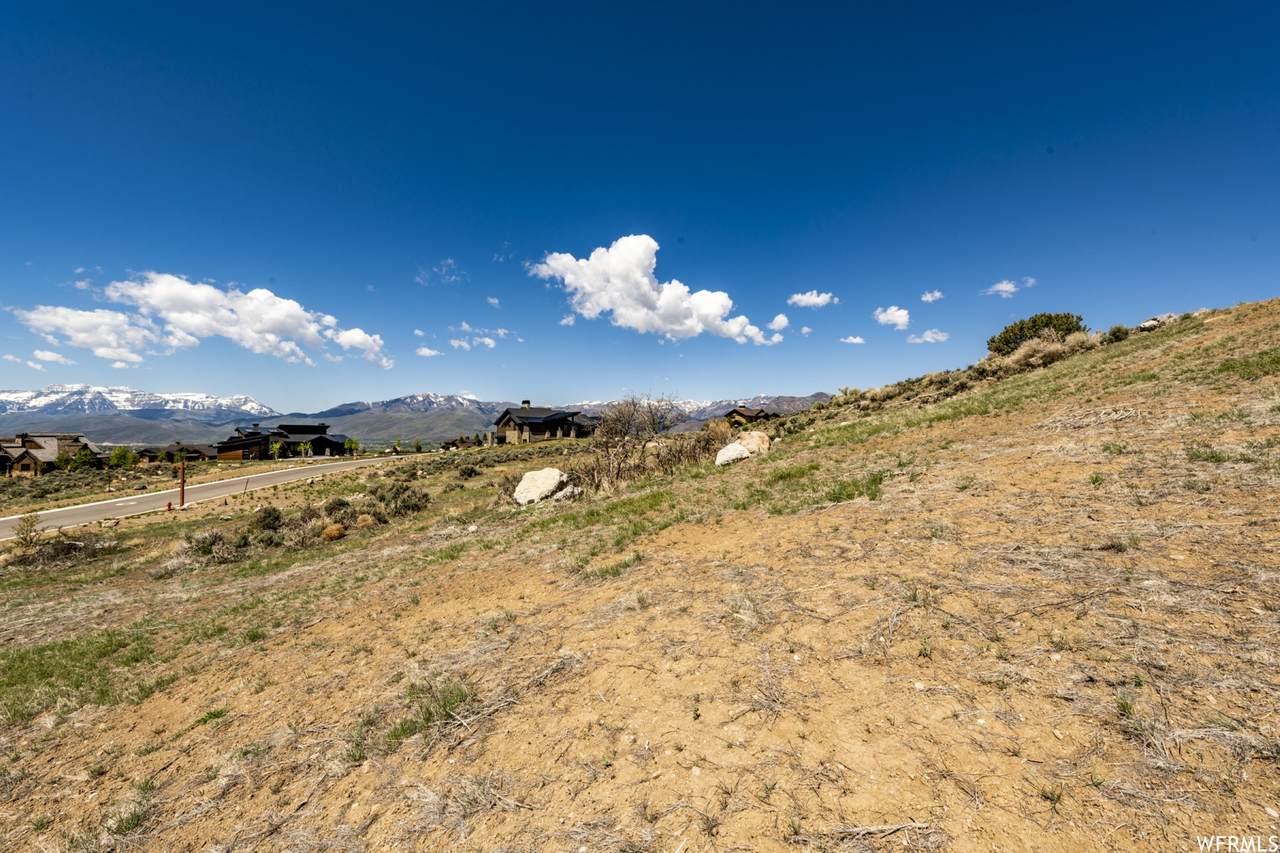 2075 Notch Mountain Cir - Photo 1