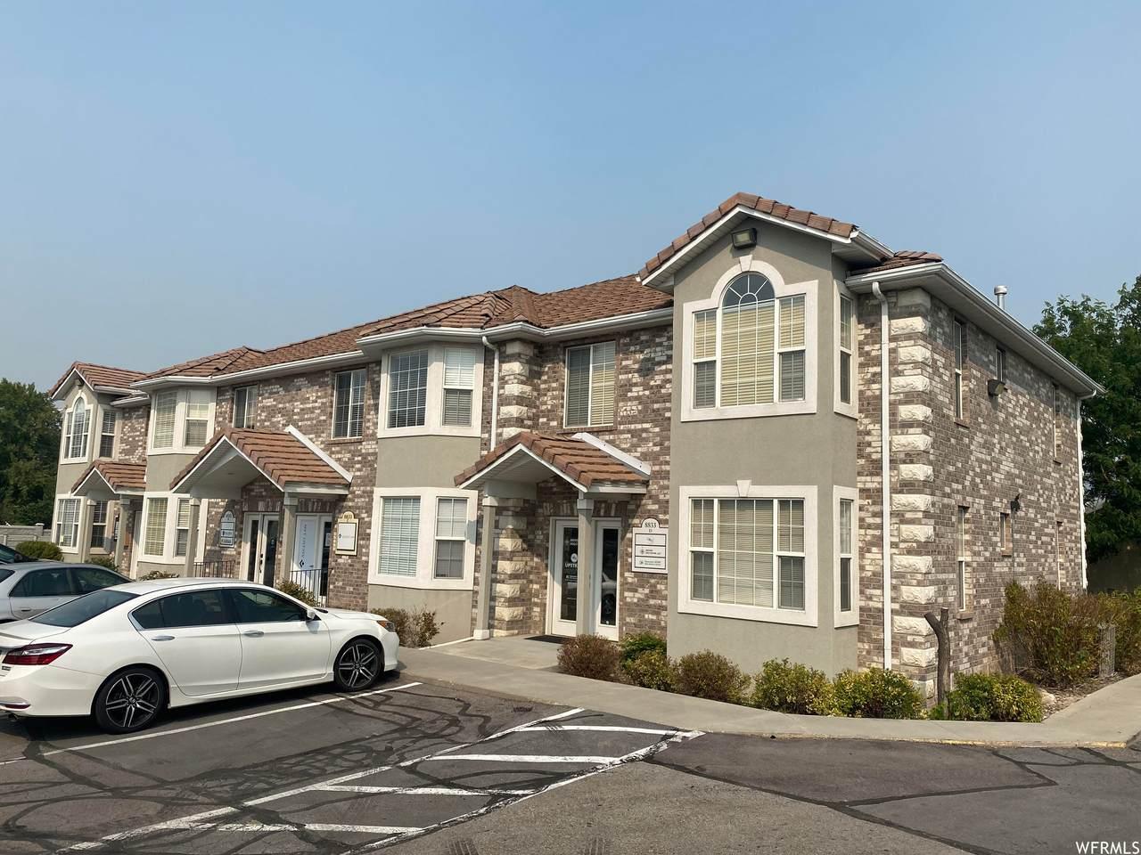 8833 Redwood Rd - Photo 1