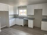 3923 Benview Ave - Photo 1