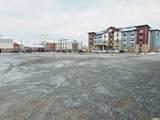 3076 Decker Lake Blvd - Photo 4