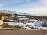 682 Trails End Ct - Photo 1