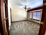 1725 Indian Hills Dr - Photo 22