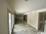 3011 Meadows Dr - Photo 6