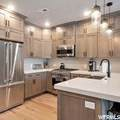 3751 Blackstone Dr - Photo 2