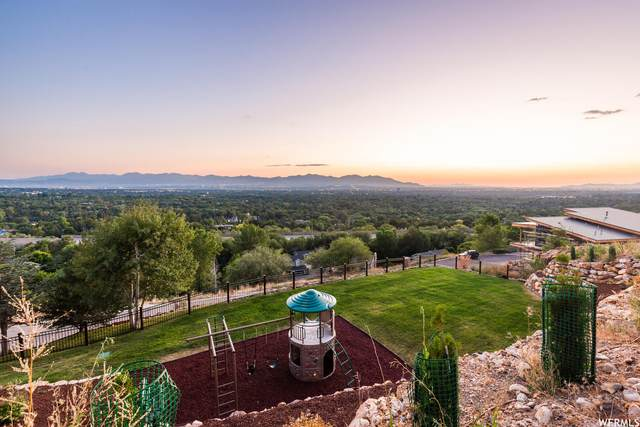 3088 E Silver Hawk Dr, Holladay, UT 84121 (#1692677) :: The Perry Group