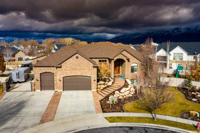 635 S Kate Way W, Kaysville, UT 84037 (#1706570) :: goBE Realty