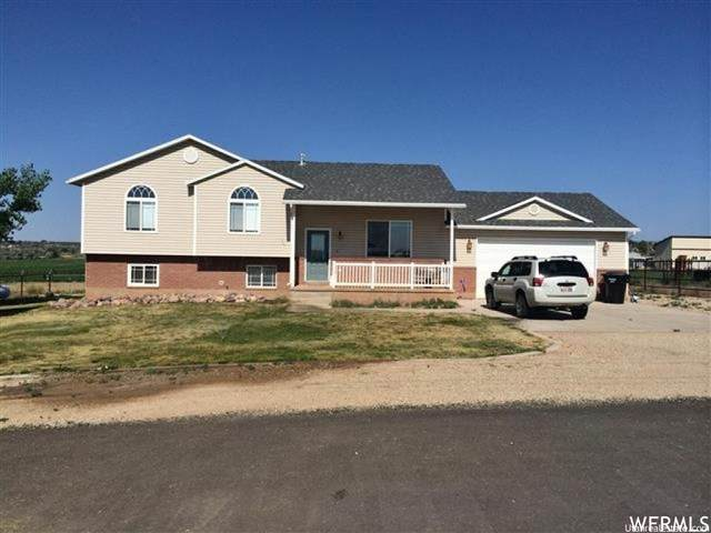 915 N 3000 W, Roosevelt, UT 84066 (#1707694) :: Utah Dream Properties