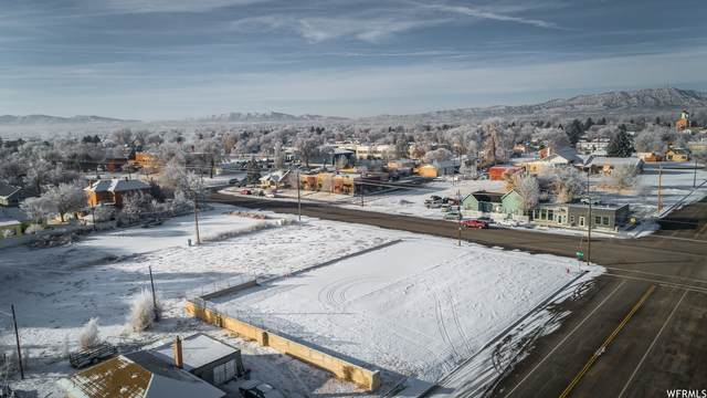 109 S Vernal Ave Ave, Vernal, UT 84078 (#1716908) :: Utah Best Real Estate Team | Century 21 Everest