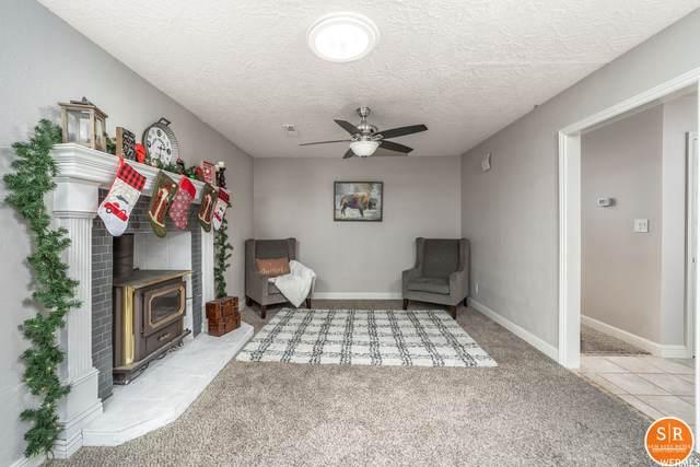 2536 Crestview Dr, Santa Clara, UT 84765 (#1719360) :: Big Key Real Estate