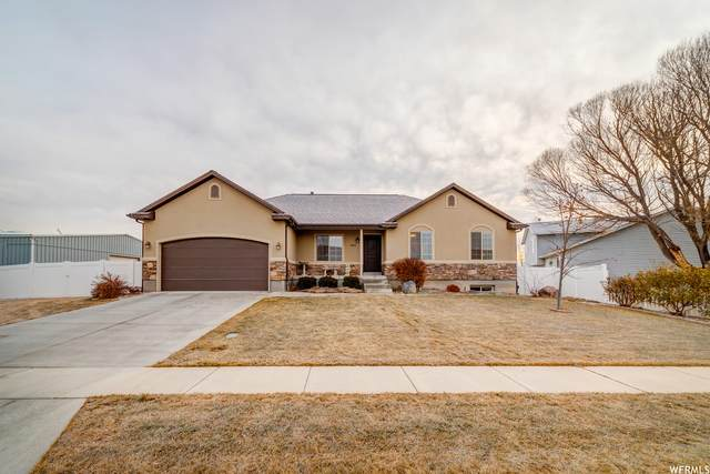 1562 N Yorkshire Ln W, Lehi, UT 84043 (#1719752) :: Bustos Real Estate | Keller Williams Utah Realtors