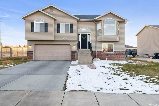 1703 W 1950 N, Clinton, UT 84015 (#1720127) :: Doxey Real Estate Group