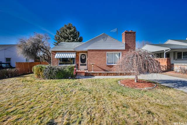 935 N 100 W, Pleasant Grove, UT 84062 (#1720180) :: Belknap Team