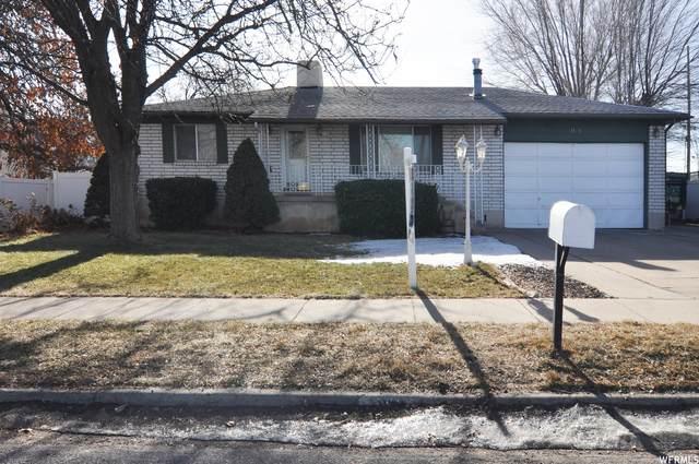 1171 W Gordon Ave, Layton, UT 84041 (MLS #1720262) :: Lookout Real Estate Group