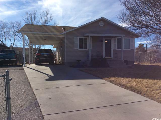 326 E 30 N, Grantsville, UT 84029 (#1720721) :: Red Sign Team
