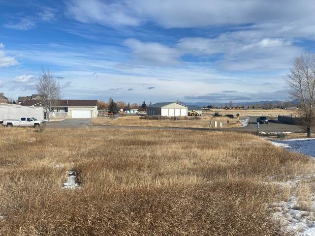 2497 S Country Club Drive Dr #24, Garden City, UT 84028 (#1721568) :: Red Sign Team