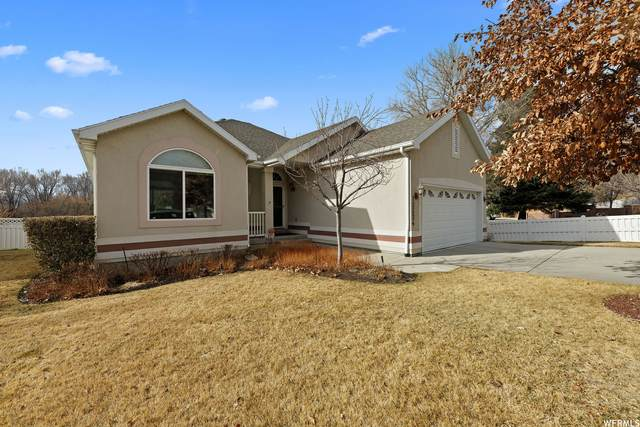 12524 S Blacksmith Ln E, Draper, UT 84020 (#1723783) :: Utah Dream Properties
